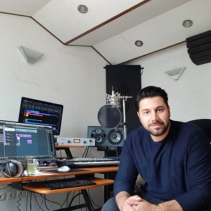 دانلود موزیک ویدیو جدید احسان خواجه امیری به نام باید برگشت