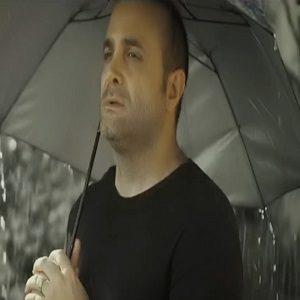 دانلود موزیک ویدیو جدید سینا سرلک به نام داره بارون میباره