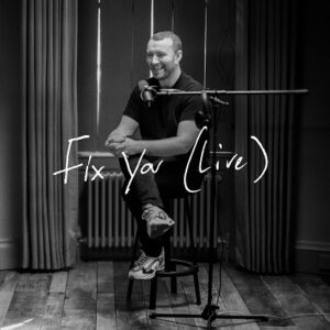 دانلود اجرای زنده Sam Smith سم اسمیت به نام Fix You (Live)