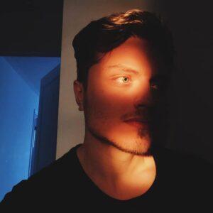دانلود آلبوم جدید پوبون به نام میدنایت ( نیمه شب )